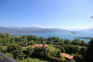 Magnificent apartment Maggiore Lake view