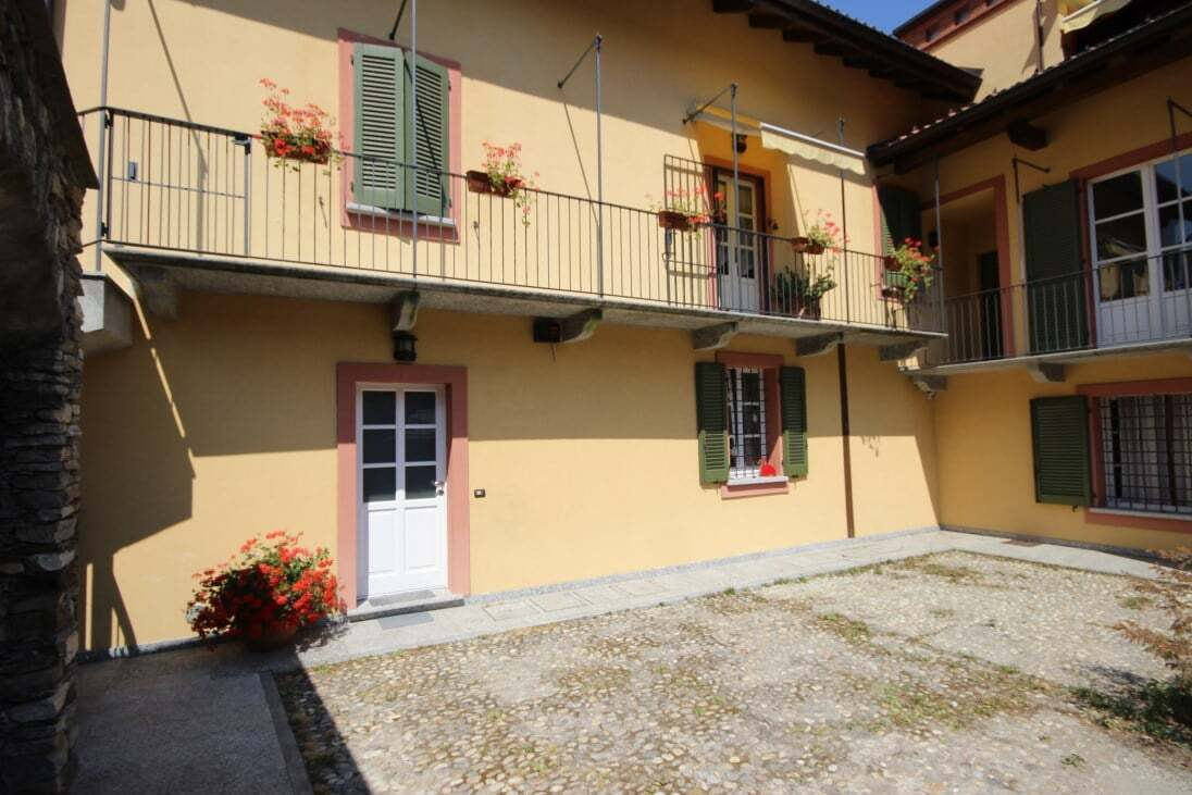 Apartment with garden Vezzo / Gignese