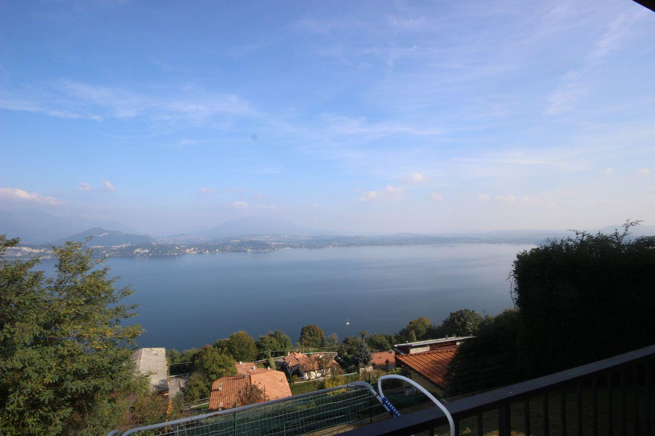 Appartamento vista Lago Maggiore