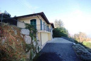 Villa with beautiful Maggiore Lake view