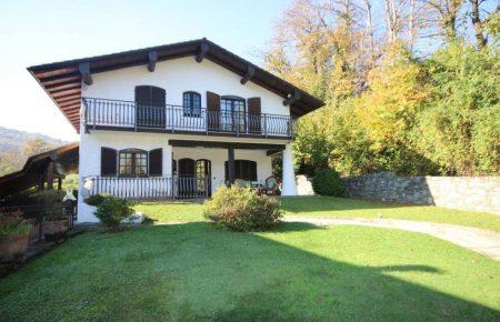 Villa Indipendente  Brovello Carpugnino