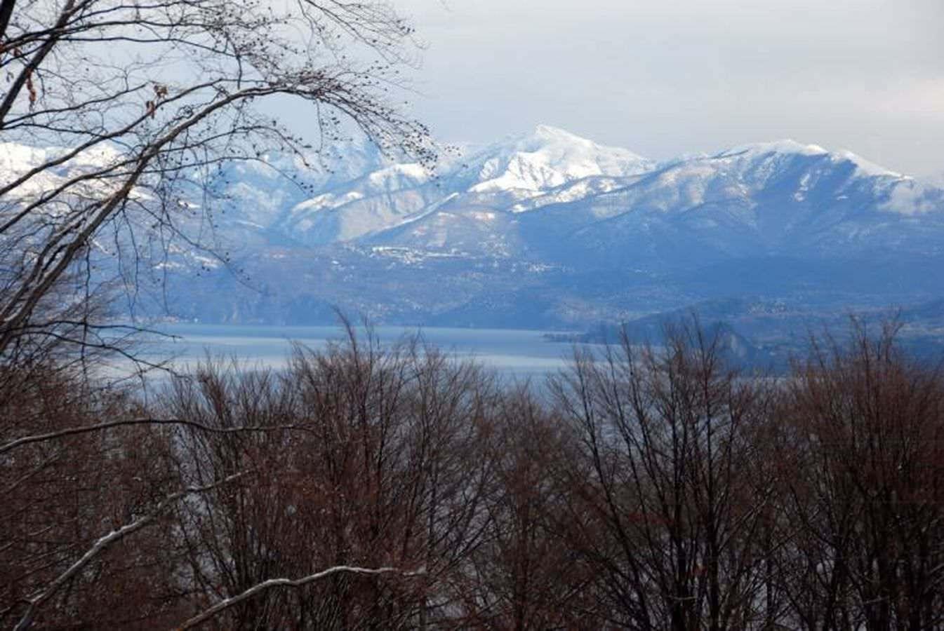 Attico con scorci di Lago Maggiore