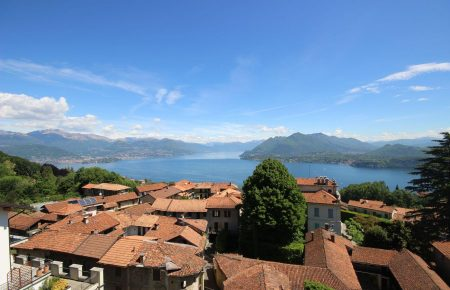 Apartment in a residential complex in the hills of Stresa