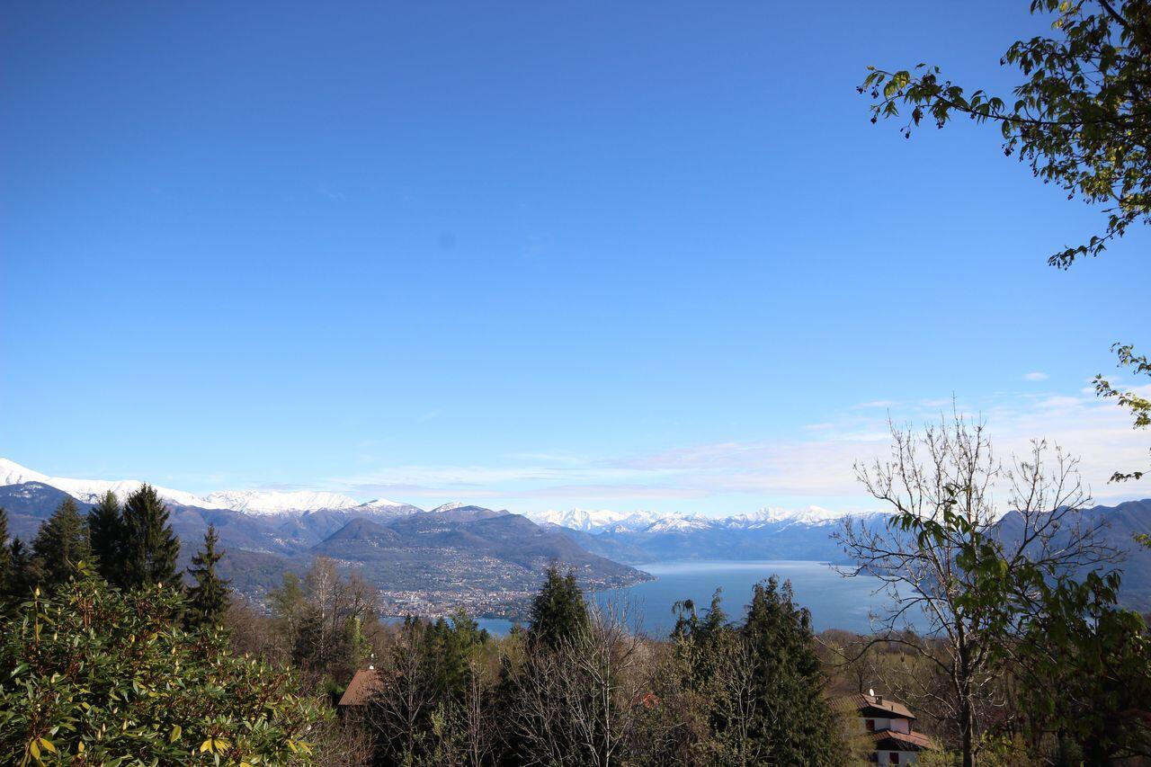 Villa con vista lago Gignese