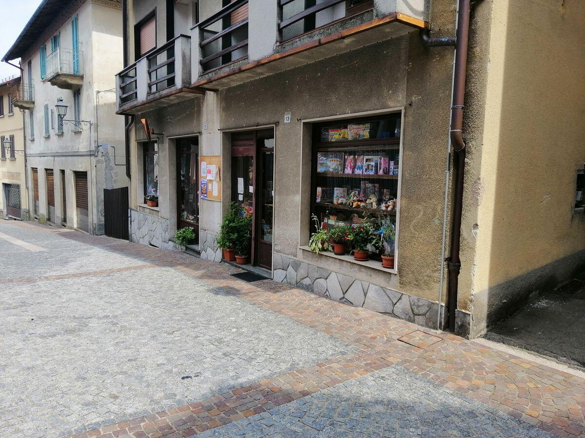 Shop in the centre of Gignese